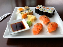 sushi-599721_640